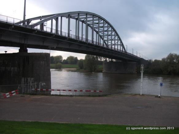 Arnhem Nov 13-006