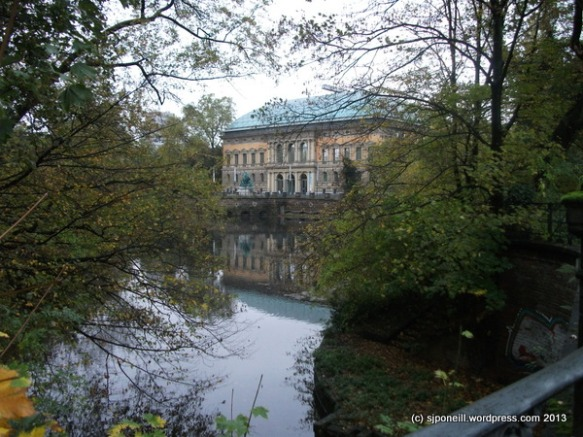 Dusseldorf Nov 13-014