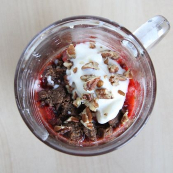 Strawberry-Crisp-in-a-Mug