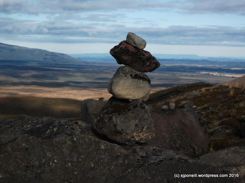 Mt Tongariro Summit Back Route April 2016-005.JPG