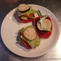 Beetroot and prunes in breadless burgers